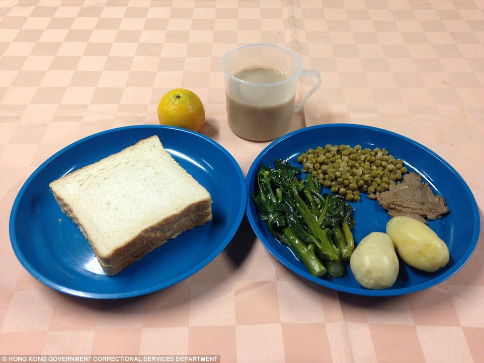 Prison food: A typical western meal that British ex-banker Rurik Jutting may have been eating each day at the Lai Chi Kok Reception Centre according to Hong Kong Government Correctional Services Department