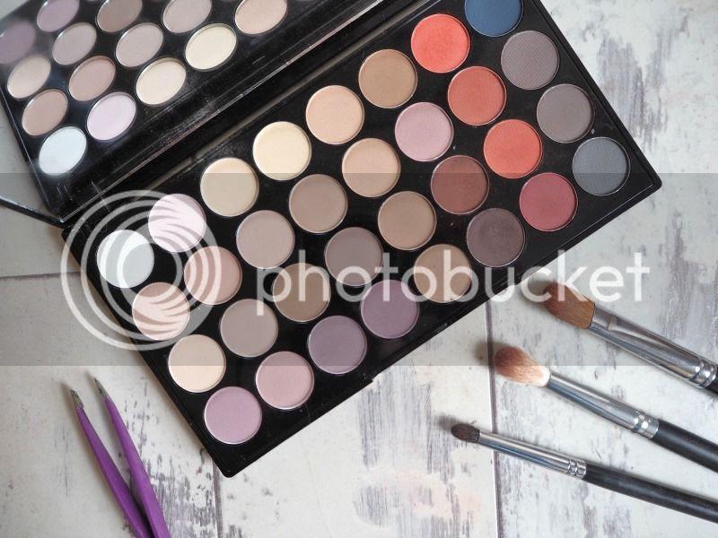 Makeup revolution matte 2