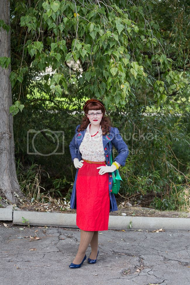 photo 1940s denim jacket red and brown fall outfit 3_zpszouu03bv.jpg