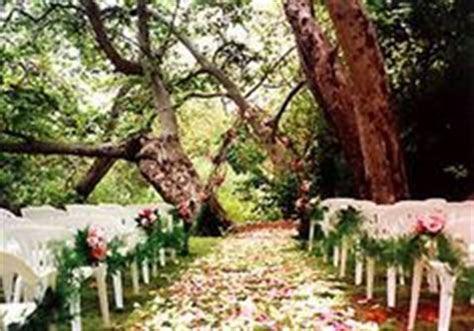 02 17 Rustic Ideas Plum Pretty Sugar   Autumn weddings