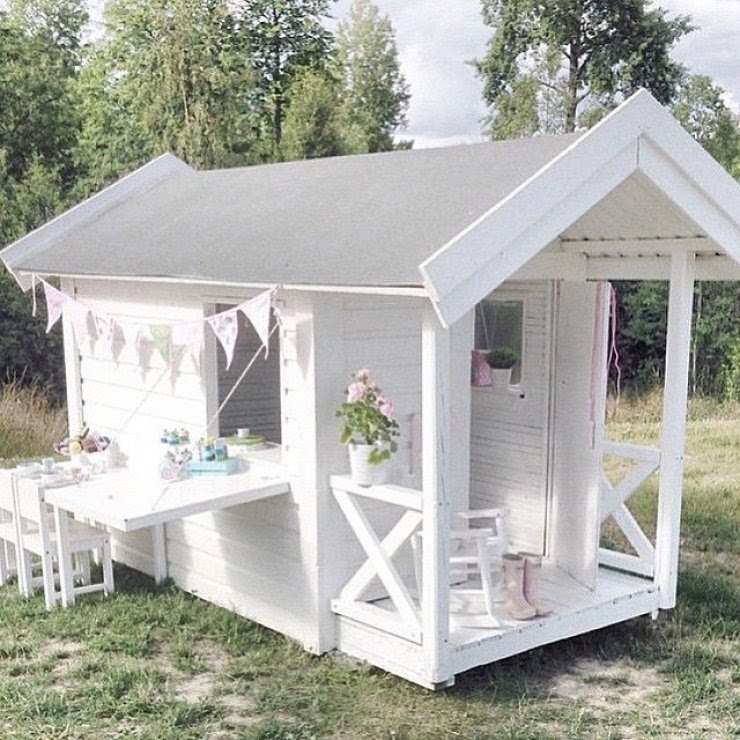 mommo design: OUTDOOR PLAYHOUSES