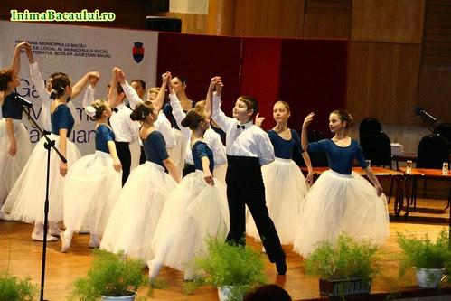 InimaBacaului.ro Gala Inavatamantului Bacauan 2010 Ateneu (11)