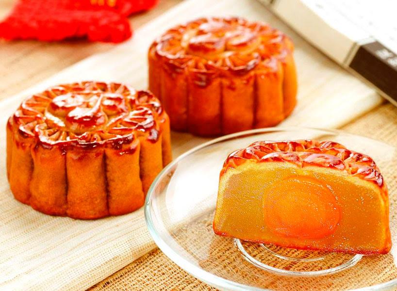 Pastel de la luna de semilla de loto/ 莲蓉月饼 / lianrong yuebing