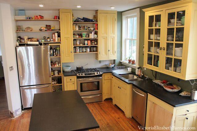 Pilar Guzman's kitchen... gorgeous