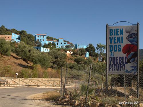 Bienvenidos a Júcar, el Pueblo Pitufo
