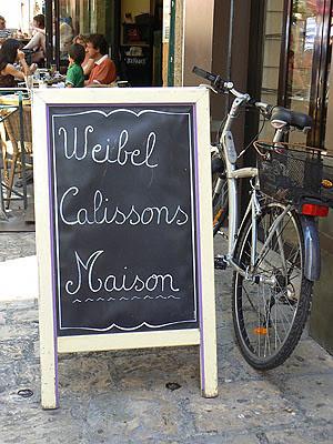 vélo et calissons.jpg