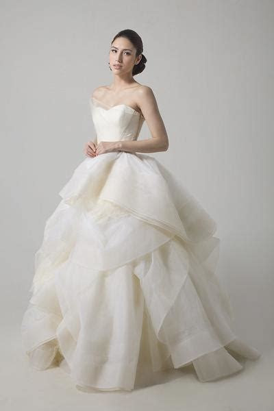 Vera Wang Katherine Wedding Gown ? Dresscodes