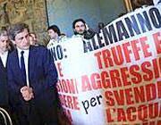 I manifesti del Pd contro Alemanno (Jpeg)