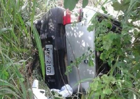 Caxias: Polícia encontra pistola de brinquedo dentro de veículo acidentado