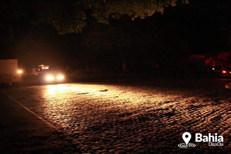 Itabela e Guaratinga ficam 18h sem energia elétrica; moradores reclamam de prejuízos (Foto: Alex Gonçalves/Bahia Dia a Dia)