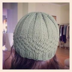 Finished the little hat:) Il piccolo cappello è ultimato:)