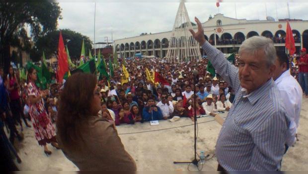 AMLO le abre las puertas de Morena a Cuauhtémoc Cárdenas