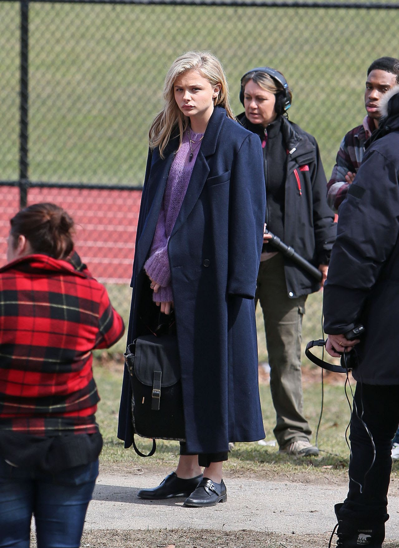 http://celebmafia.com/wp-content/uploads/2015/04/chloe-moretz-set-of-november-criminals-in-providence-rhode-island-april-2015_19.jpg