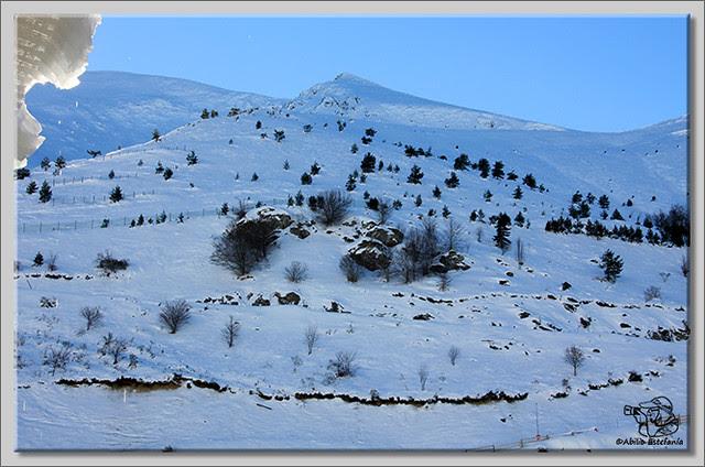 2 Deslizadose por la nieve