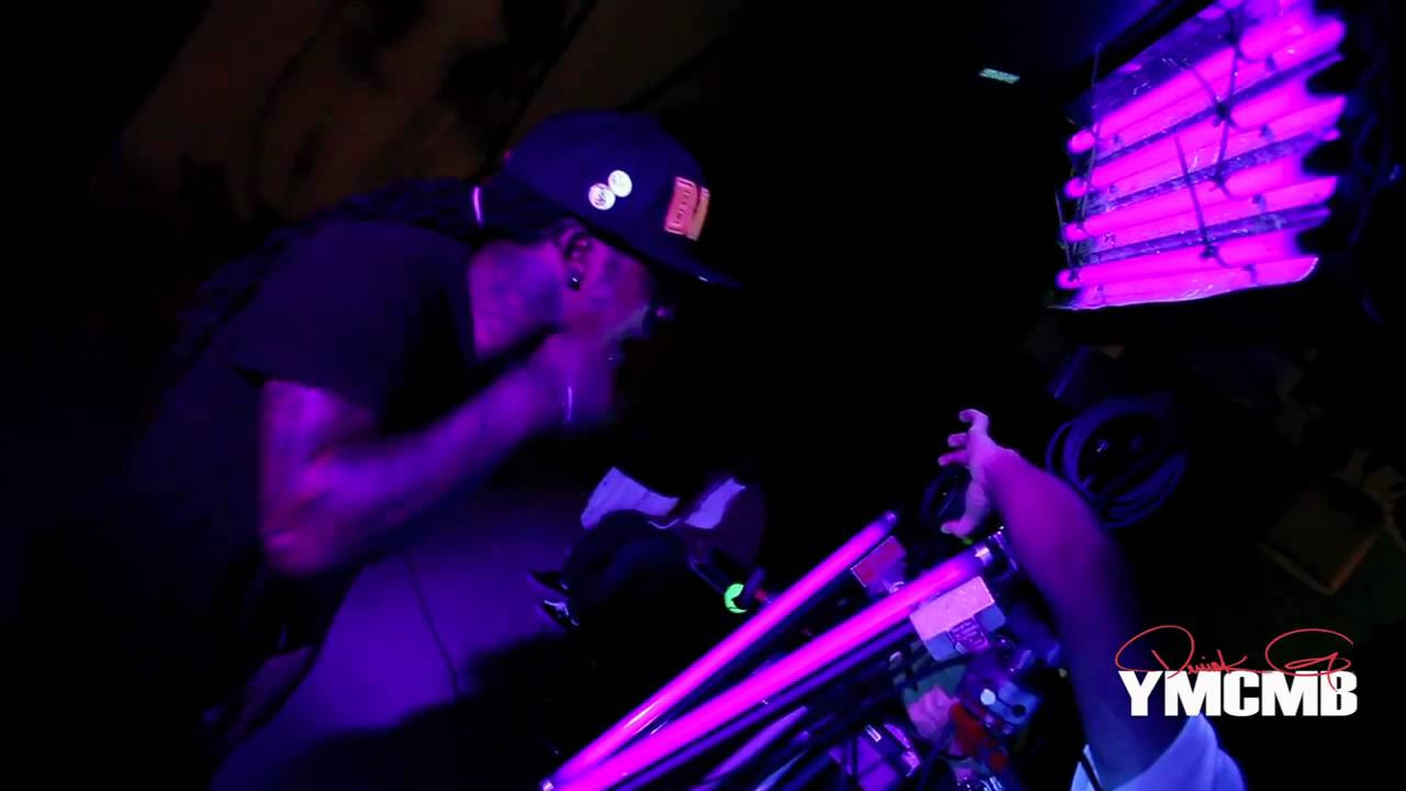 Glow In The Dark Tattoo Lil Wayne Lil Waynes Glow In The Dark