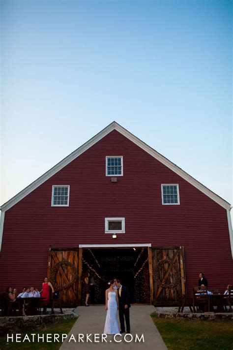 smith barn  brooksby farm boston wedding photographer