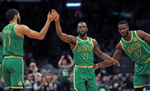 """Avatar of """"Bron and AD"""": Boston Celtics Star Leaves Out Giannis Antetokounmpo in the List of Players He Loves Watching"""