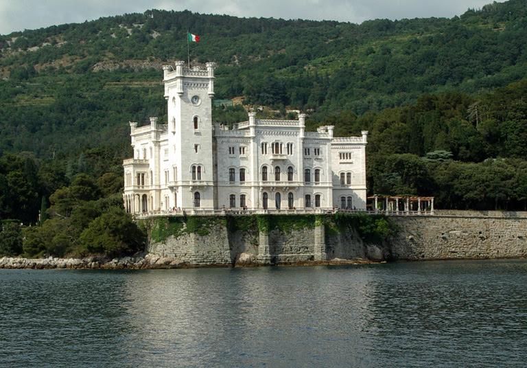 File:Trieste miramare.jpg