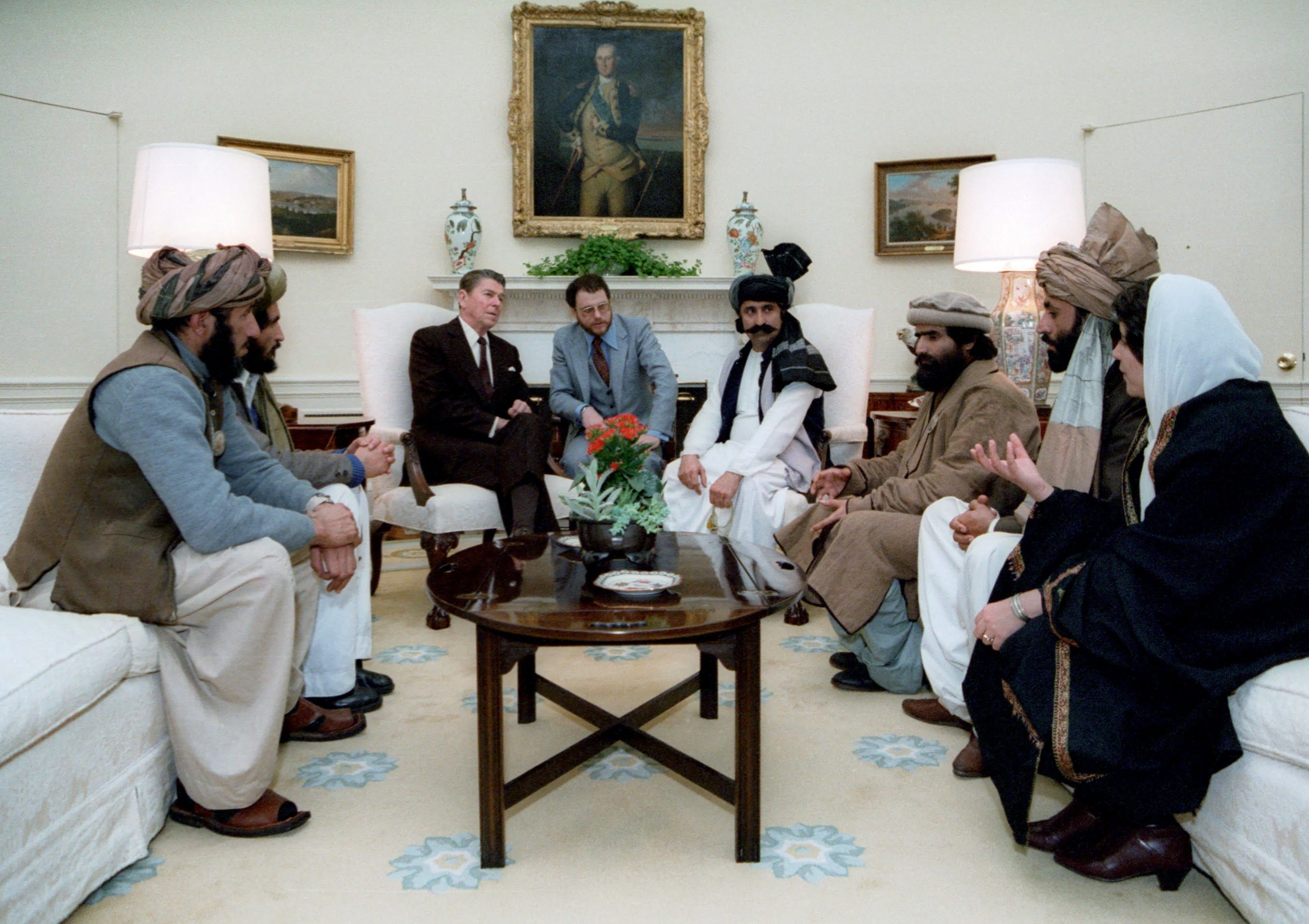 File:Reagan sitting with people from the Afghanistan-Pakistan region in February 1983.jpg
