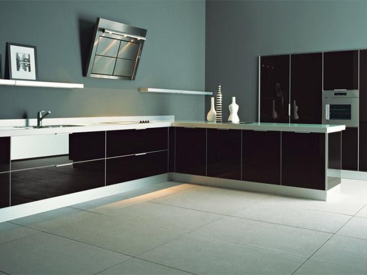 Cocina con decoración en negro