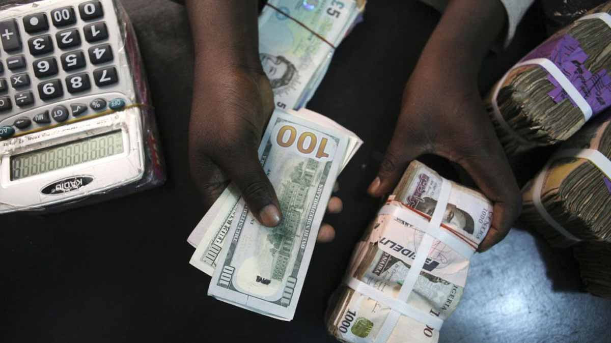 Forex Reserves Gain $455m In One Week Amid Intervention