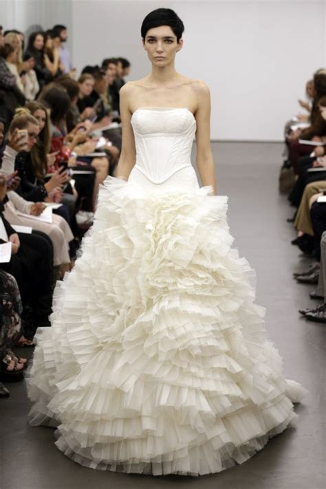 2013 Wedding Dresses Collection by Vera Wang   Fashion