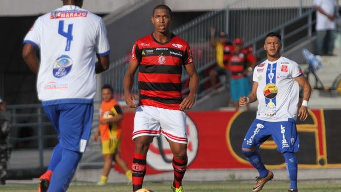 Rodrigão, atacante do Campinense (Foto: Leonardo Silva / Jornal da Paraíba)