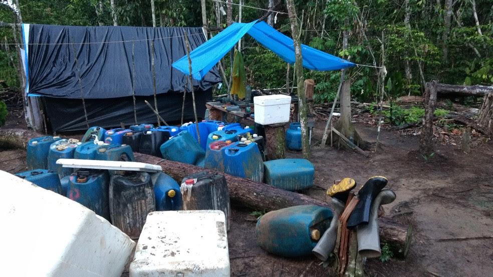 Exército apreendeu diversos materiais na área indígena (Foto: Divulgação/Exército Brasileiro)