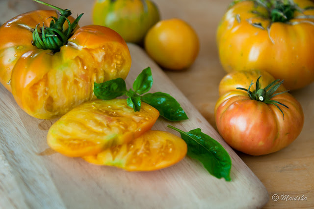 heirloom pineapple tomatoes