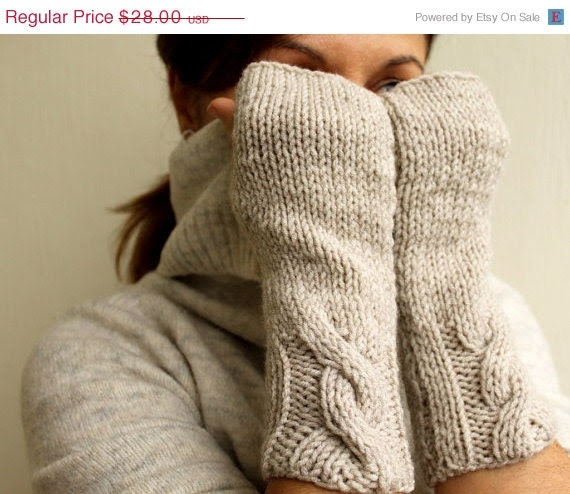 Black Friday Sale FREE SHIPPING Winter Accessories - Vanilla Oatmeal Wheat  Ecru Cable Warm Womens Fingerless Mittens Gloves Handwarmer - warmandsoft