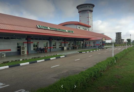 Passenger Aircraft CrashLand In Ilorin