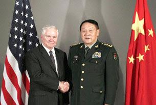 Hai vị bộ trưởng quốc phòng Trung Quốc và Hoa Kỳ  gặp nhau ở Hà Nội