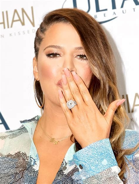 12.5 carats   Celebrity Engagement Rings by Carat Size