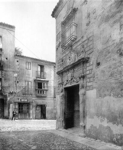 Colegio de Infantes (Toledo) y Plaza de la Bellota a principios del siglo XX