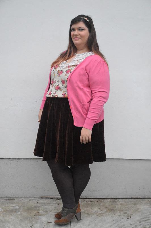 outfit marrone e rosa4
