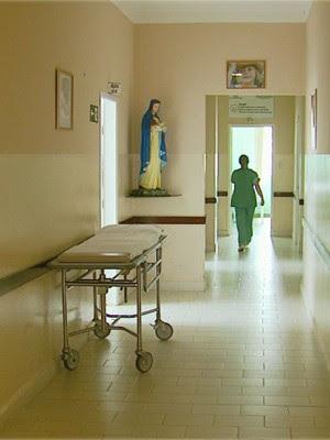 Moradores ajudam em 70% da manutenção do hospital em Lambari (Foto: Devanir Gino / EPTV)