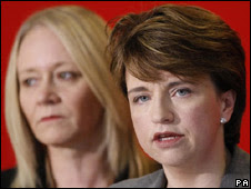 Wendy Alexander resigns
