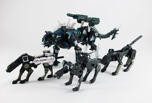 Transformers Ravage RotF Deluxe - modo felino