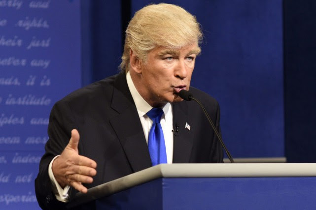 Alec Baldwin personnifiant Donald Trump.... (PHOTO ARCHIVES AP)
