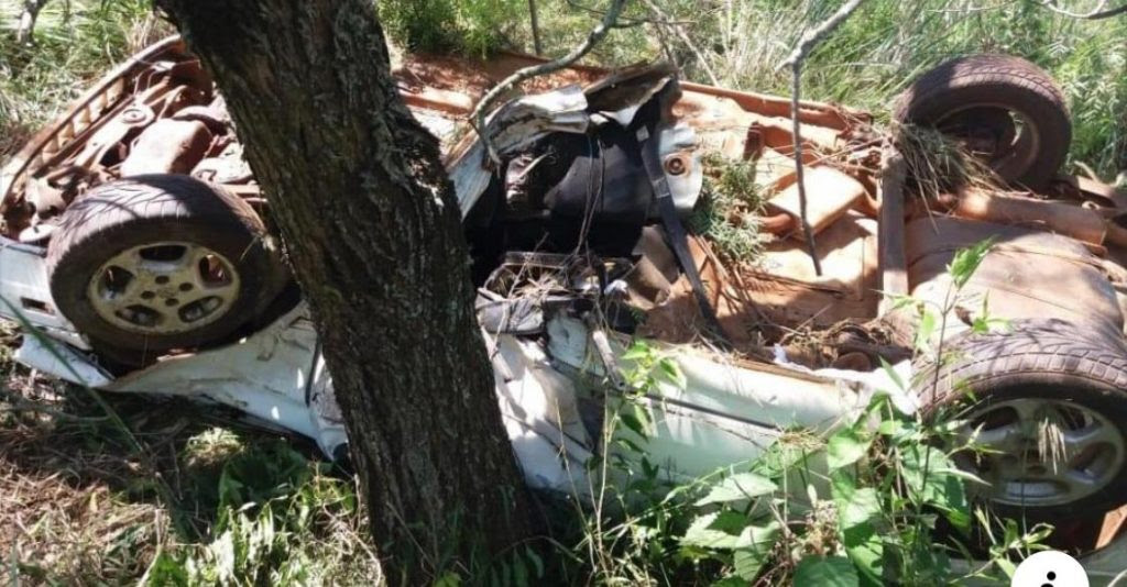 Motorista é encontrado morto dentro de veículo na BR-285
