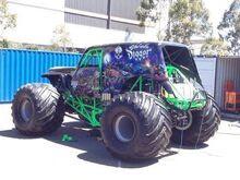 Son-Uva Digger - Monster Trucks Wiki - Wikia