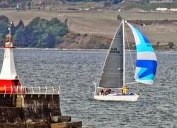 J/42 Velocity sailing Oregon Offshore Race