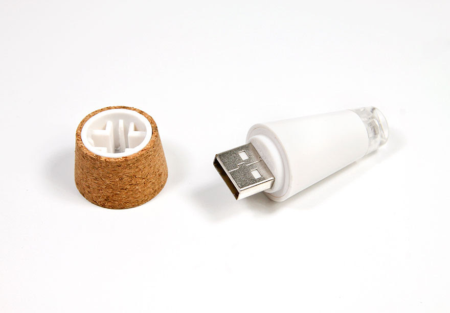 Rechargeable-USB-LED-Bottle-Light-Suck-UK-4