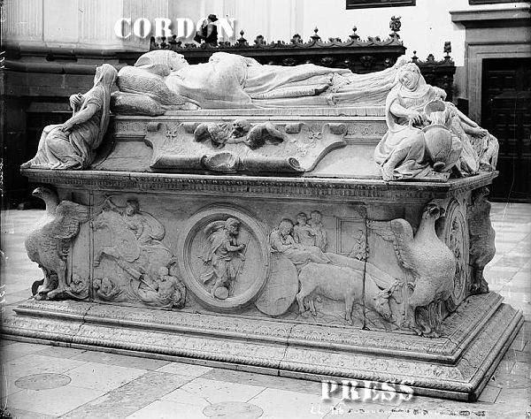 Sepulcro del Cardenal Tavera en Toledo hacia 1875-80. © Léon et Lévy / Cordon Press - Roger-Viollet