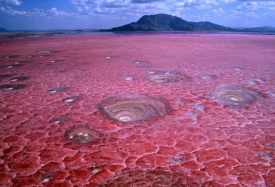 cool-unbelievable-places-Earth-Tanzania