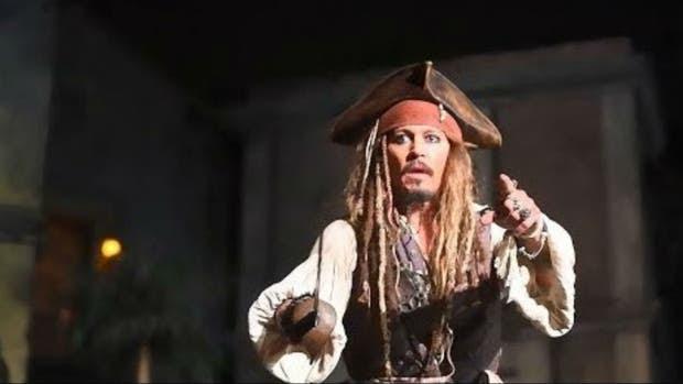 Los piratas, hackeados