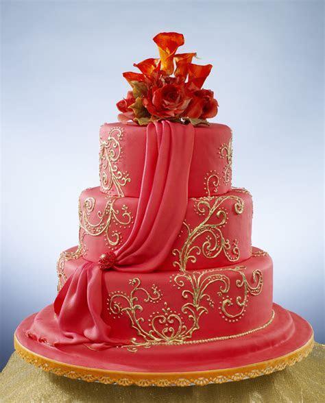 sumptuous indian wedding cake   Indian Weddings: Cake by