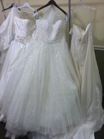 Help me choose a dress for my june outdoor wedding!