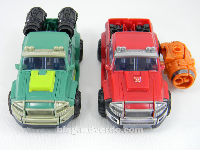 Transformers Sargeant Kup - Prime RID - modo alterno vs Ironhide