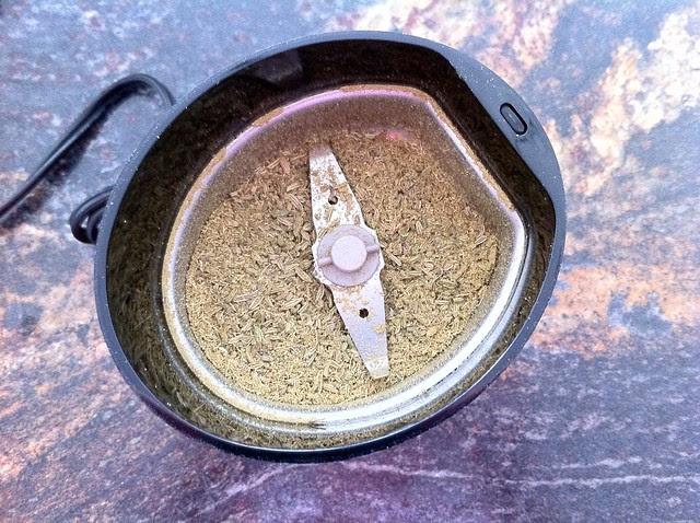 Ground Fennel Seed